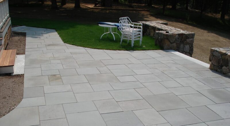 How to Lay Patio Pavers on Dirt - Garden To Patio